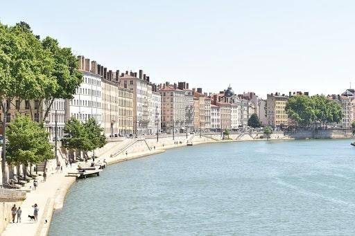 une balade à la Croix-Rousse de Lyon pour vos 5 jours