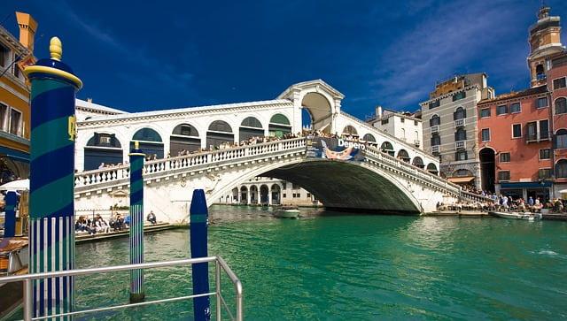 Le Pont de Rialto pour vos 2 jours à Venise