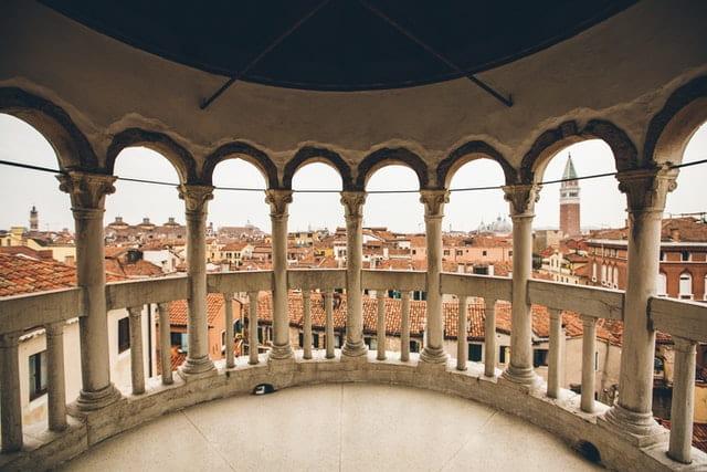 L'insolite palais Contarini del Bovolo et son fameux escalier escargot à Venise
