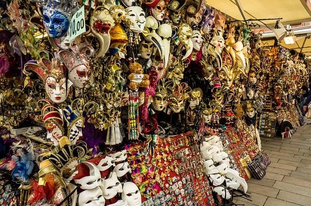 Faites du shopping dans l'un des meilleurs marchés de Venise