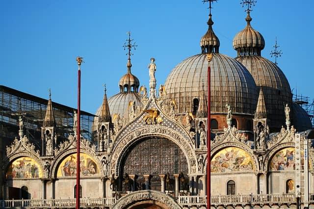 Le campanile de la basilique Saint-Marc à Venise