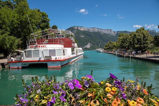 Faire des balades autour du lac d'Annecy durant les 7 jours