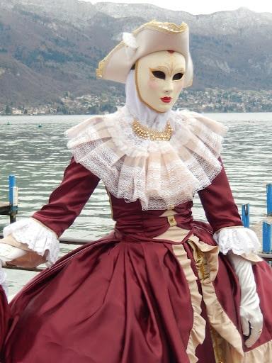 Participer à la fête du lac d'Annecy en amoureux