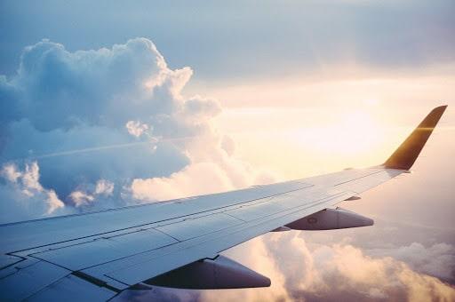 Bien choisir ses vols d'avion pour voyager pas cher à Lyon