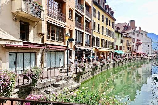 Les belles rues d'Annecy