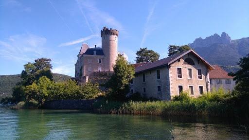 Le château de duingt à Annecy