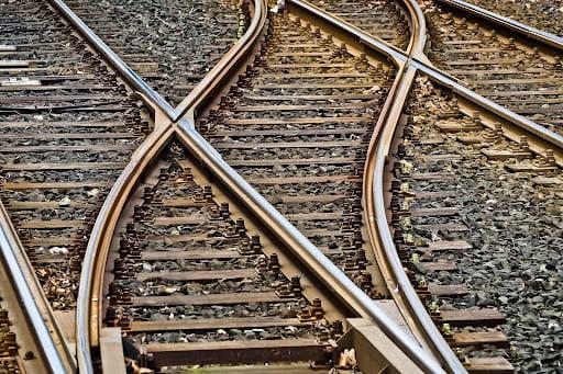 Le train, une solution pour voyager pas cher à Annecy