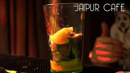 Le bar Jaipur Café à Annecy